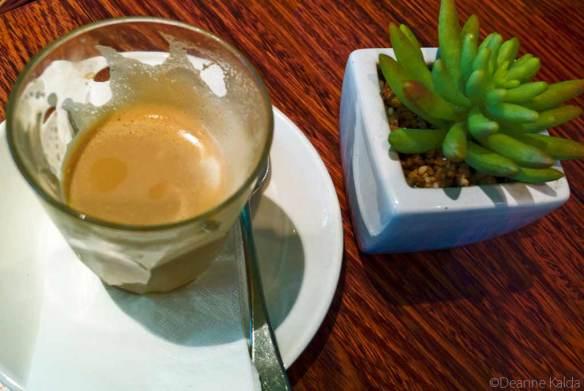 cafe macaron